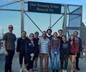 CBSea interns pose for a picture in front of the Scripps Pier